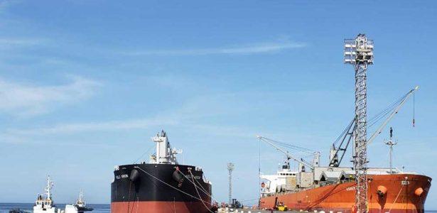 Nuevo cargamento boliviano de 10.679 toneladas llega a Ilo
