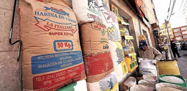 Las importaciones de Bolivia caen en un 30% en términos de valor de enero a abril